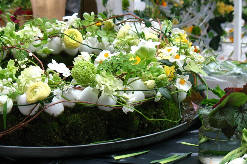 eggshell flower arrangement