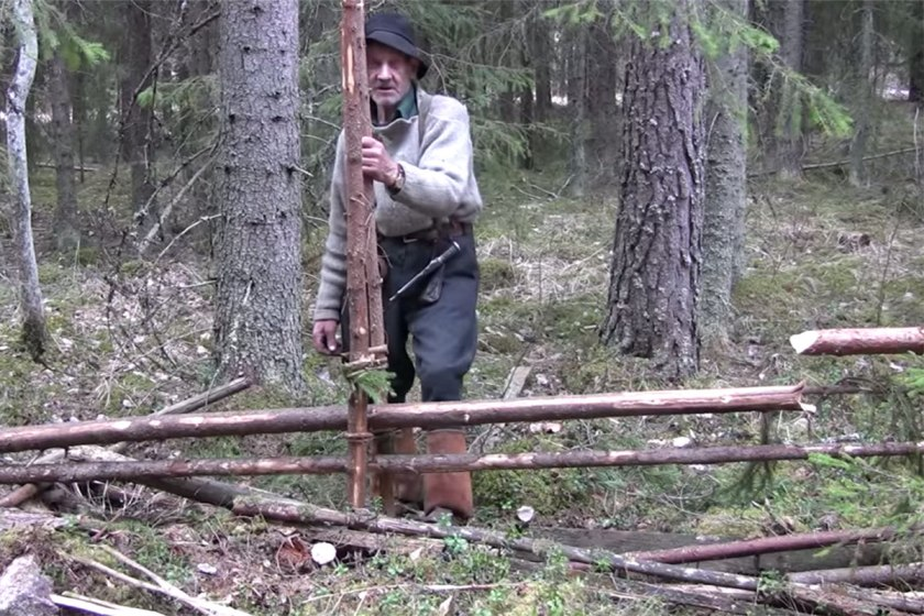 Reino Halin wooden fence